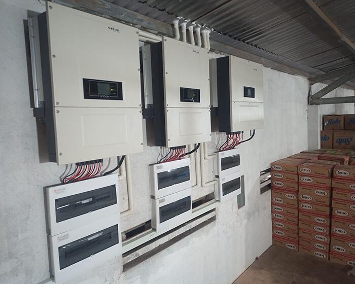 Dự án điện năng lượng mặt trời hòa lưới 130KW cho anh Long ở Đắk Nông 16