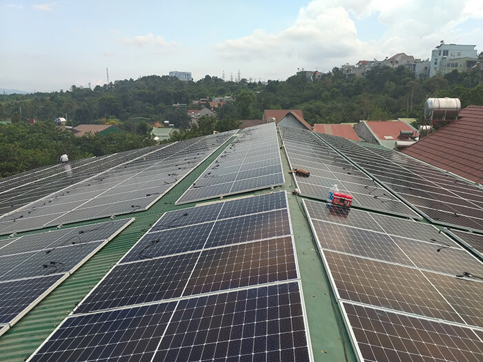 Dự án điện năng lượng mặt trời hòa lưới 130KW cho anh Long ở Đắk Nông 3