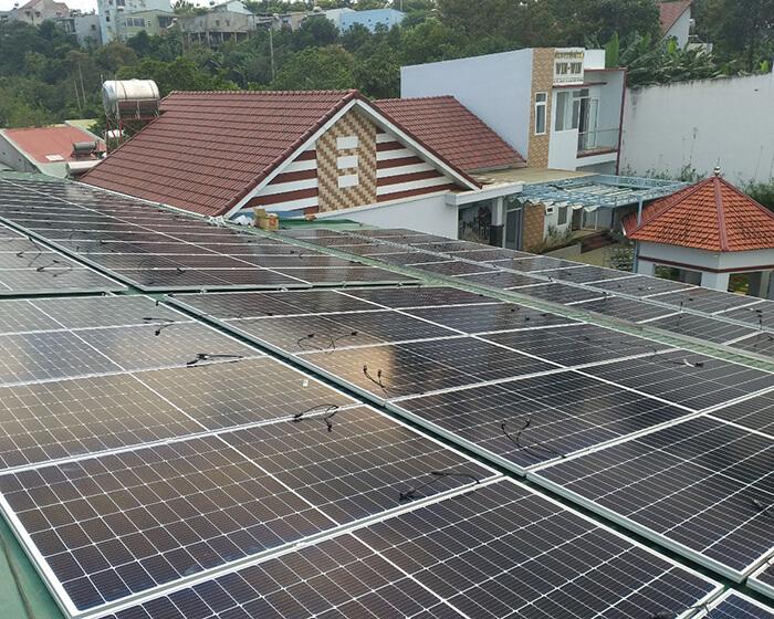 Dự án điện năng lượng mặt trời hòa lưới 130KW cho anh Long ở Đắk Nông 4