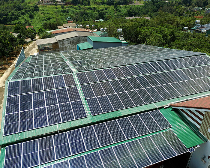 Dự án điện năng lượng mặt trời hòa lưới 130KW cho anh Long ở Đắk Nông 6