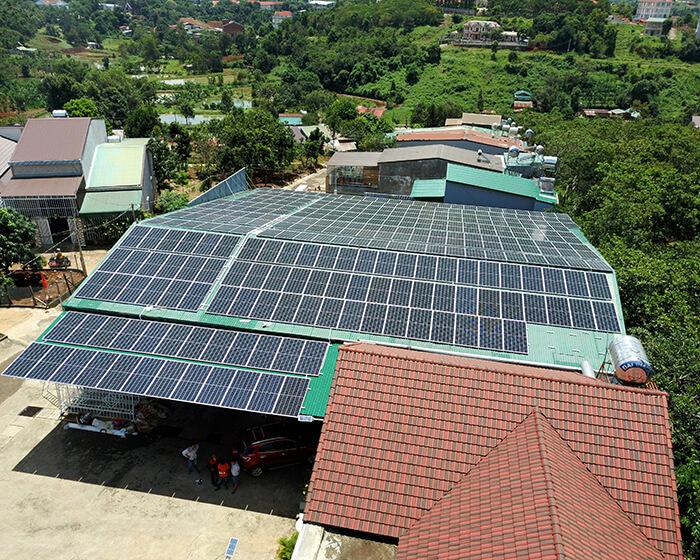 Dự án điện năng lượng mặt trời hòa lưới 130KW cho anh Long ở Đắk Nông 8
