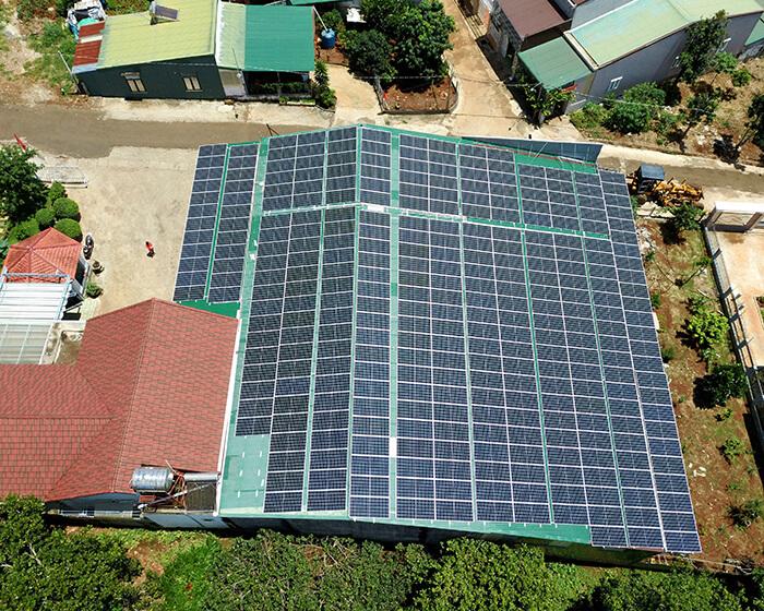 Dự án điện năng lượng mặt trời hòa lưới 130KW cho anh Long ở Đắk Nông 9