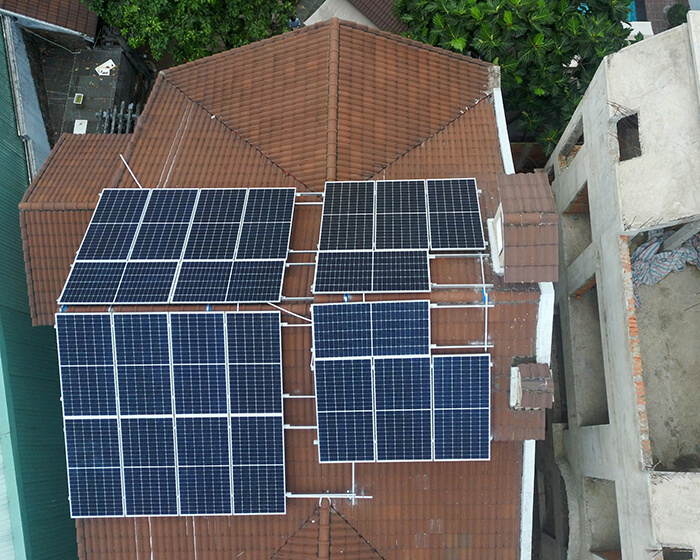 hòa lưới điện mặt trời cho gia đình anh Tuấn ở Bình Tân với 10KW 4