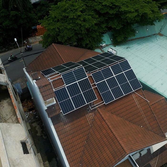 hòa lưới điện mặt trời cho gia đình anh Tuấn ở Bình Tân với 10KW 7