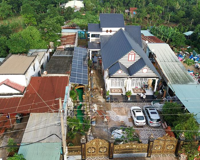 Hệ thống điện mặt trời cho gia đình chú Bá 11KW ở Bà Rịa Vũng Tàu 9