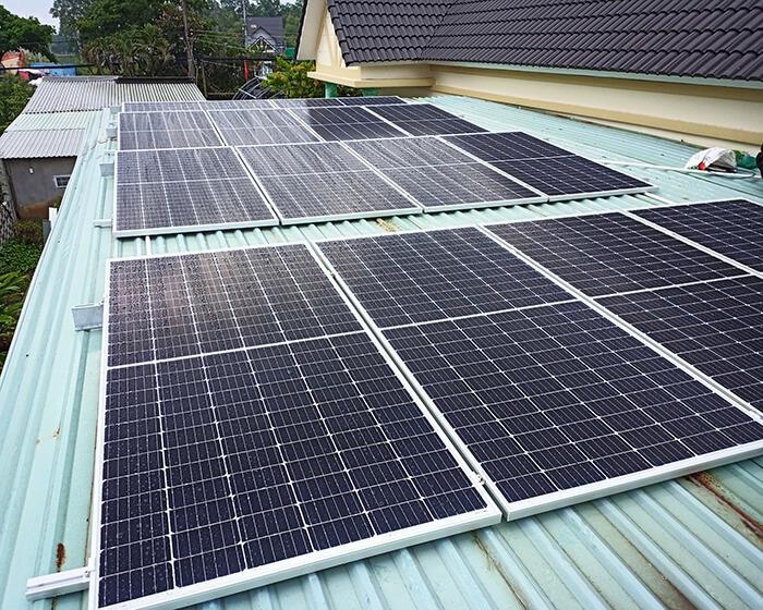 Lắp đặt hệ thống điện năng lượng mặt trời 6KW cho chú Thôi ở BRVT 2