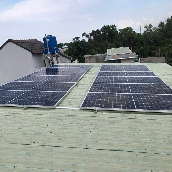 Lắp đặt hệ thống điện mặt trời 5KW cho chú Cảnh ở Bình Chánh 3