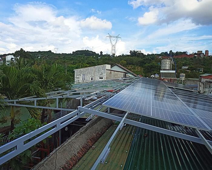 Hệ thống điện mặt trời hòa lưới 30KW cho anh Tuyên ở Đắk Nông 2