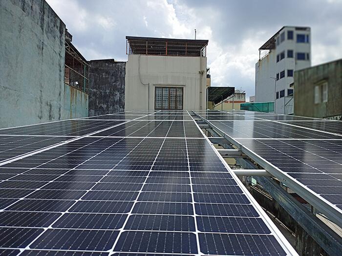 hệ thống năng lượng mặt trời hòa lưới 8KW cho cô Diệp ở Quận 10 2