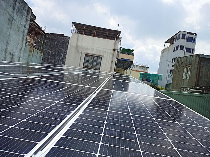 hệ thống năng lượng mặt trời hòa lưới 8KW cho cô Diệp ở Quận 10 3