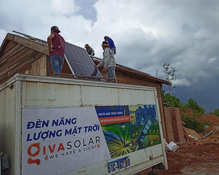 Hệ thống điện mặt trời độc lập 2.6KW ở Đắk Nông 4