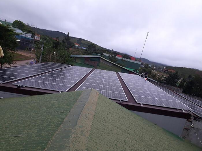 Dự án lắp điện mặt trời hòa lưới 30KW cho chú Sậu ở Lâm Đồng 2