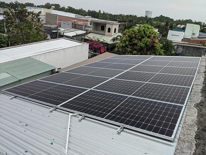 hệ thống năng lượng mặt trời 5KW cho chú Nang ở Bến Tre 2