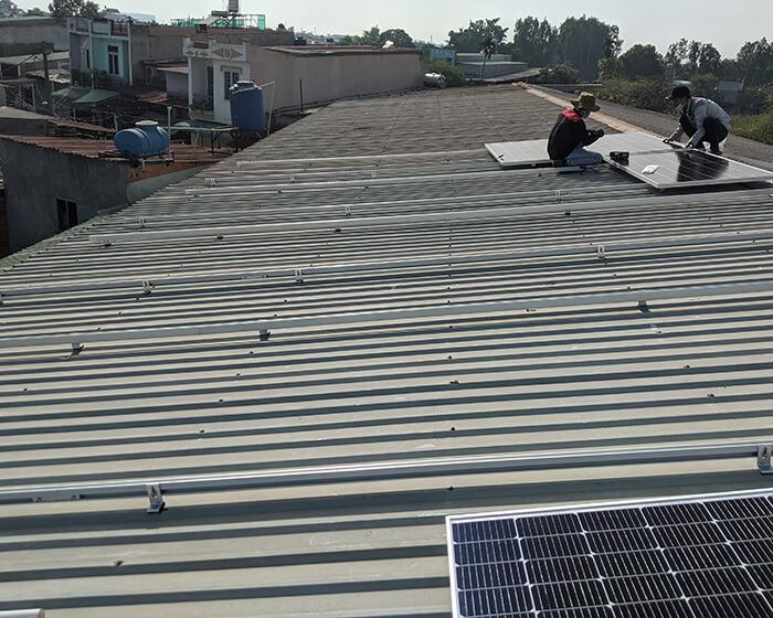 Lắp đặt điện mặt mặt trời lần 2 cho Anh Kiệt ở Bình Chánh với 21KW 2