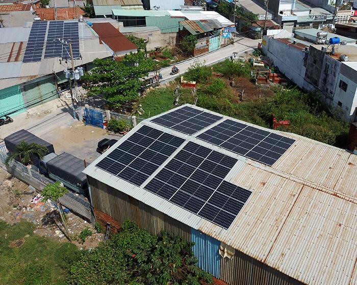 Lắp đặt điện mặt mặt trời lần 2 cho Anh Kiệt ở Bình Chánh với 21KW 5