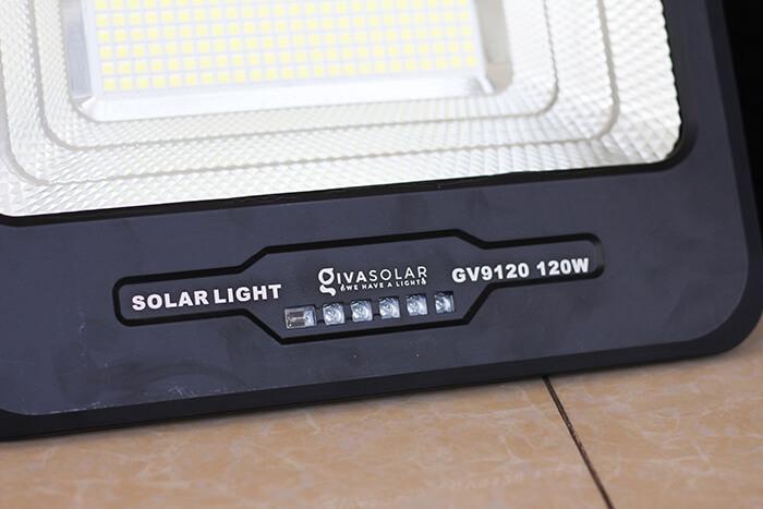 Đèn pha cao cấp năng lượng mặt trời 120W 7
