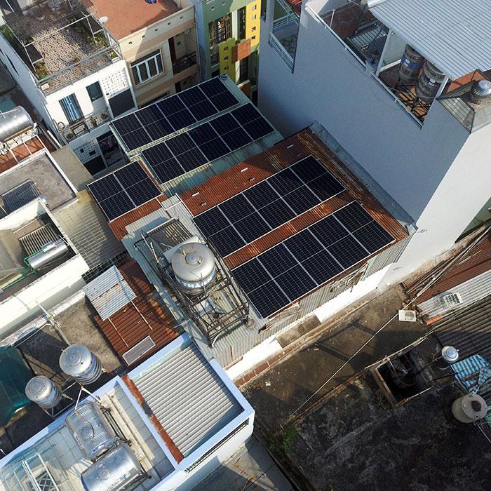 Hệ thống hòa lưới lưu trữ điện mặt trời 10KW cho anh Nhật tại Tân Bình 3