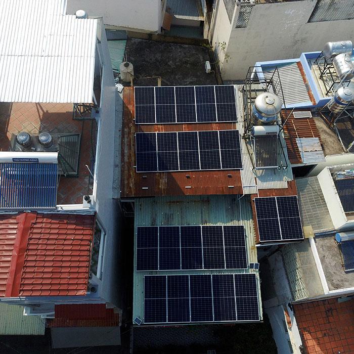 Hệ thống hòa lưới lưu trữ điện mặt trời 10KW cho anh Nhật tại Tân Bình 6