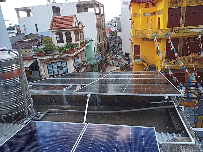 Dự án điện mặt trời hòa lưới bám tải 6KW cho anh Thiện ở Gò Vấp 2