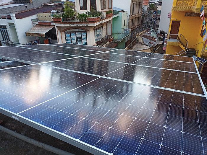 Dự án điện mặt trời hòa lưới bám tải 6KW cho anh Thiện ở Gò Vấp 3