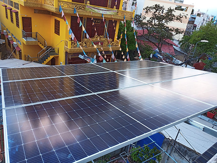 Dự án điện mặt trời hòa lưới bám tải 6KW cho anh Thiện ở Gò Vấp 4
