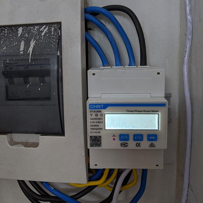 Dự án điện mặt trời hòa lưới bám tải 8KW anh Phóng ở Bình Tân 10