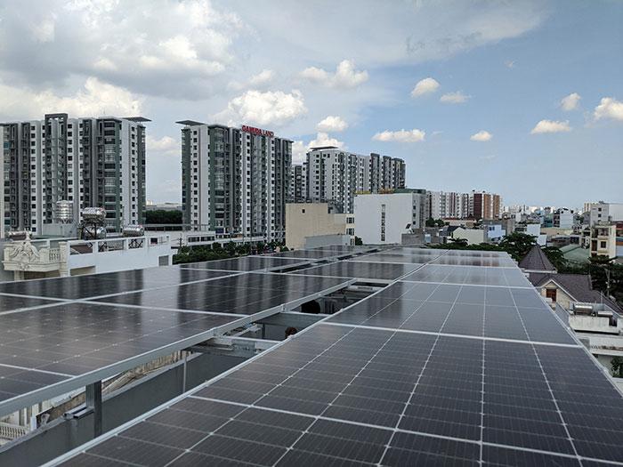 Dự án điện mặt trời hòa lưới bám tải 8KW anh Phóng ở Bình Tân 4