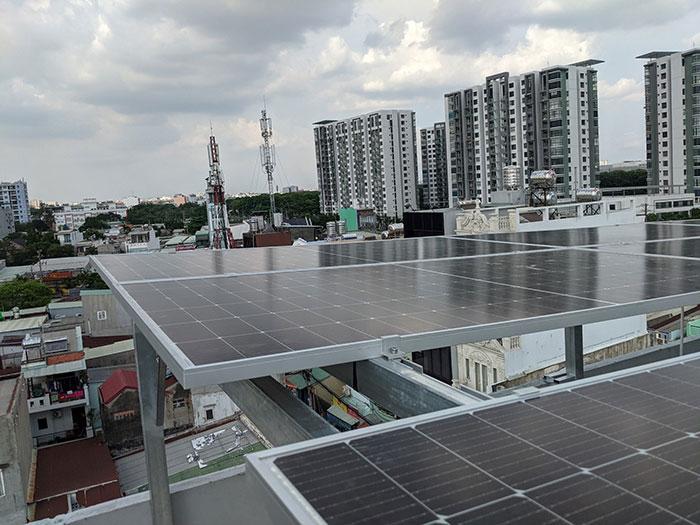 Dự án điện mặt trời hòa lưới bám tải 8KW anh Phóng ở Bình Tân 5