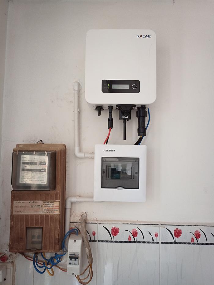 Hoàn thành hệ thống điện mặt trời hòa lưới 3,6KW cho chị Hồng Quận 5 5
