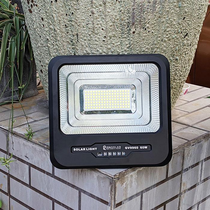 Đèn pha Led năng lượng mặt trời 60W GV9960 6